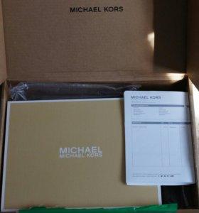 Новые сникерсы Michael Kors