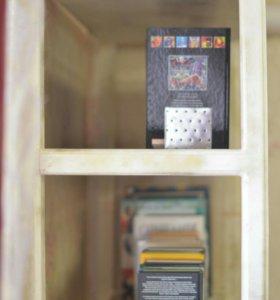 Книжный шкаф ручной работы.
