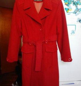 Пальто демисезонное 44-48 (48)