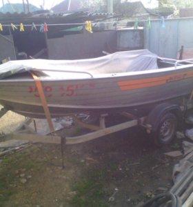 Лодка вильбот 42 с мотором тохатсу 25