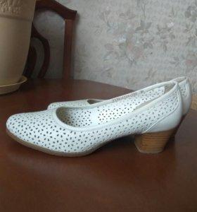 Туфли кожаные. Р.36.