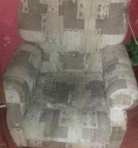 Кресло новенькие,ухоженные,1кресло 1500р