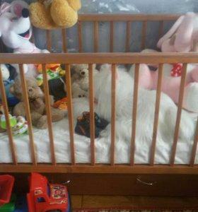 Детская кроватка-маятник вместе с матрасом