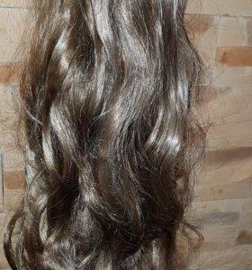 Пряди на заколках для волос