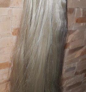 Пряди для волос на заколках