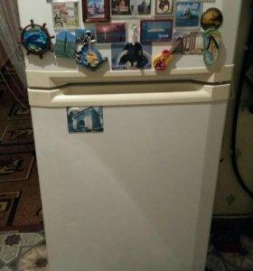 Холодильник ВЕКО.