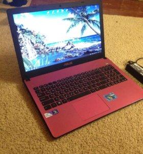 Розовый ноутбук ASUS