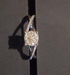 Кольцо из белого золота размер 17-17,5