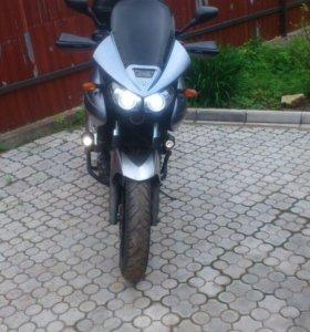 Yamaha TDM900A