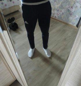 Продаю штаны Adidas