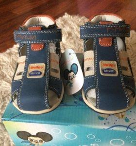 Детские сандали. НОВЫЕ!