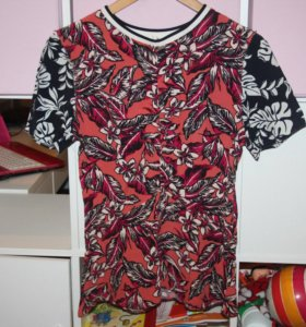Блуза (футболка) Zara 40-42 размер