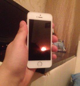 iPhone 5 оригинал 16gb