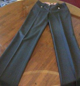 Черные длинные классические брюки