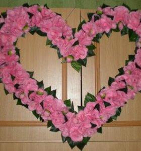 Сердце из искусственных цветов напрокат