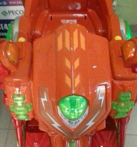 Машина - робот аттракцион
