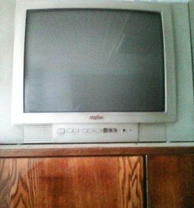 Телевизор один раб второй упал и два раб.видео