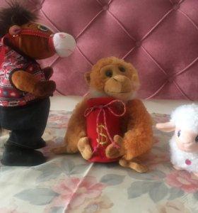 Музыкальные мягкие игрушки (пони, обезьяна, овечка