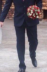 Мужской отличный костюм