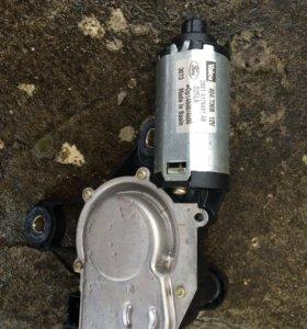 Моторчик стеклоочистителя задней двери ford fusion