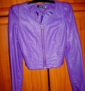 Новая курточка р XS