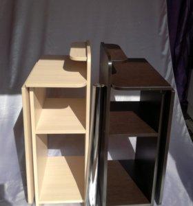 Складной (раскладной) маникюрный стол.