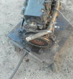 Двигатель хендай акцент  1.5v 15л