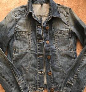 Новая джинсовая куртка NAF NAF