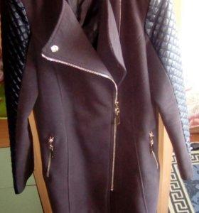 Продам пальто размер 46