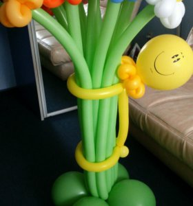 Весенний букет из воздушных шаров