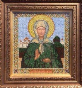 Иконы: Казанская Божья матерь и Матрона московская