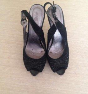Женская обувь 37-38