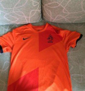 Игровая футболка сборной Голландии по футболу .