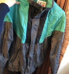 Весенняя мужская куртка /ветровка