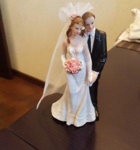 НОВЫЕ свадебные бокалы, статуэтка на торт, рушник