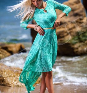 Платье новое (размер S)