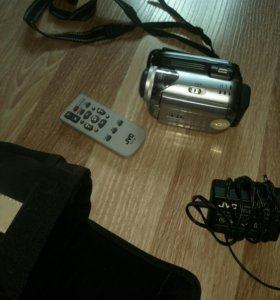 Камера JVC Everio GZ-MG21E