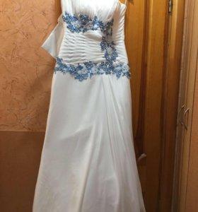Новое свадебное платье. 42-46.