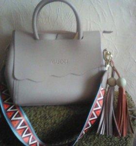 Сумки Chanel и Gucci