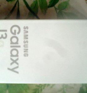 Телефон Samsung Galaxi J3