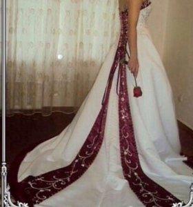 Платье свадебное одето 1 раз