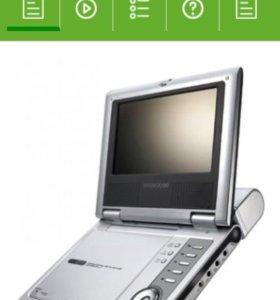 Портативный DVD-плеер DAEWOO DPC-7900PD