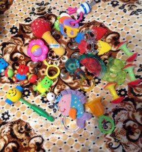 Погремушки , игрушки , и тд