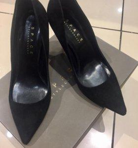 Продам новые итальянские туфли !!!