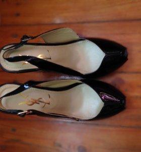 Туфли/босоножки YSL