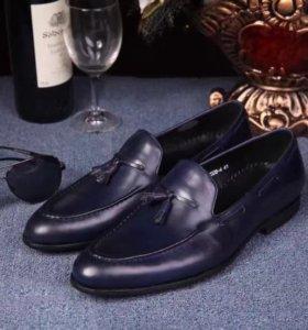 Новые кожаные классические туфли LV,