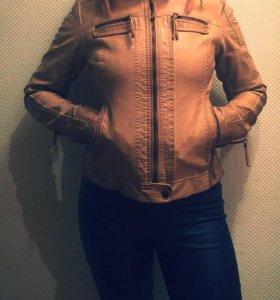 Куртка бежевая, 42 размер