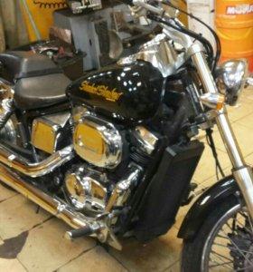 Мотоцикл Honda VT 400 чоппер