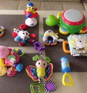 Игрушки/погремушки для младенца