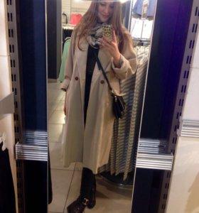 Пальто (70% шерсть).